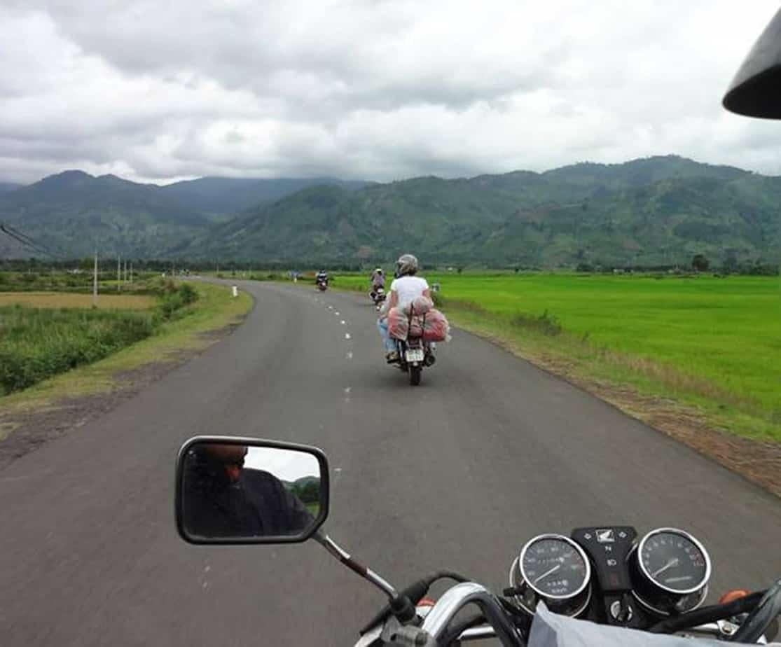 Day 2: Buon Me Thuot - Lak (140 km - 4 hours riding)