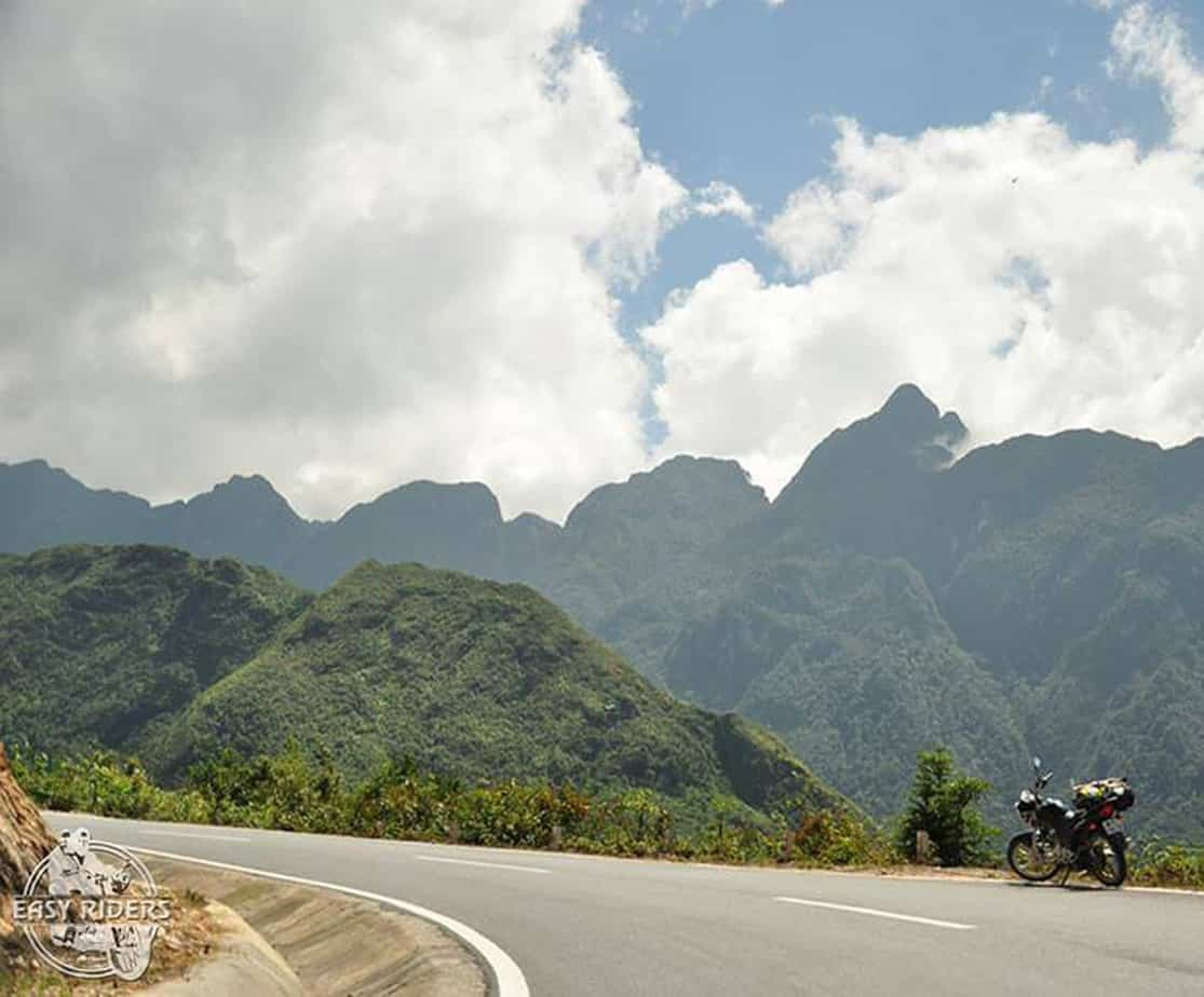Day 2: Khe Sanh - Hue (190 km - 6 hours riding)
