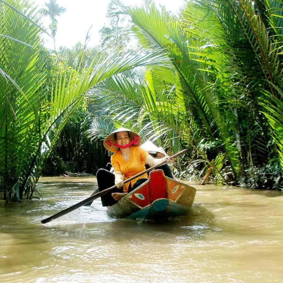 Rowing boat in Ben Tre, Easy Rider Vietnam Mekong Delta
