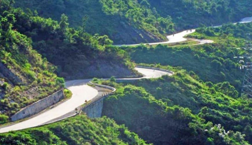 Easy Riders Vietnam Hai Van Pass
