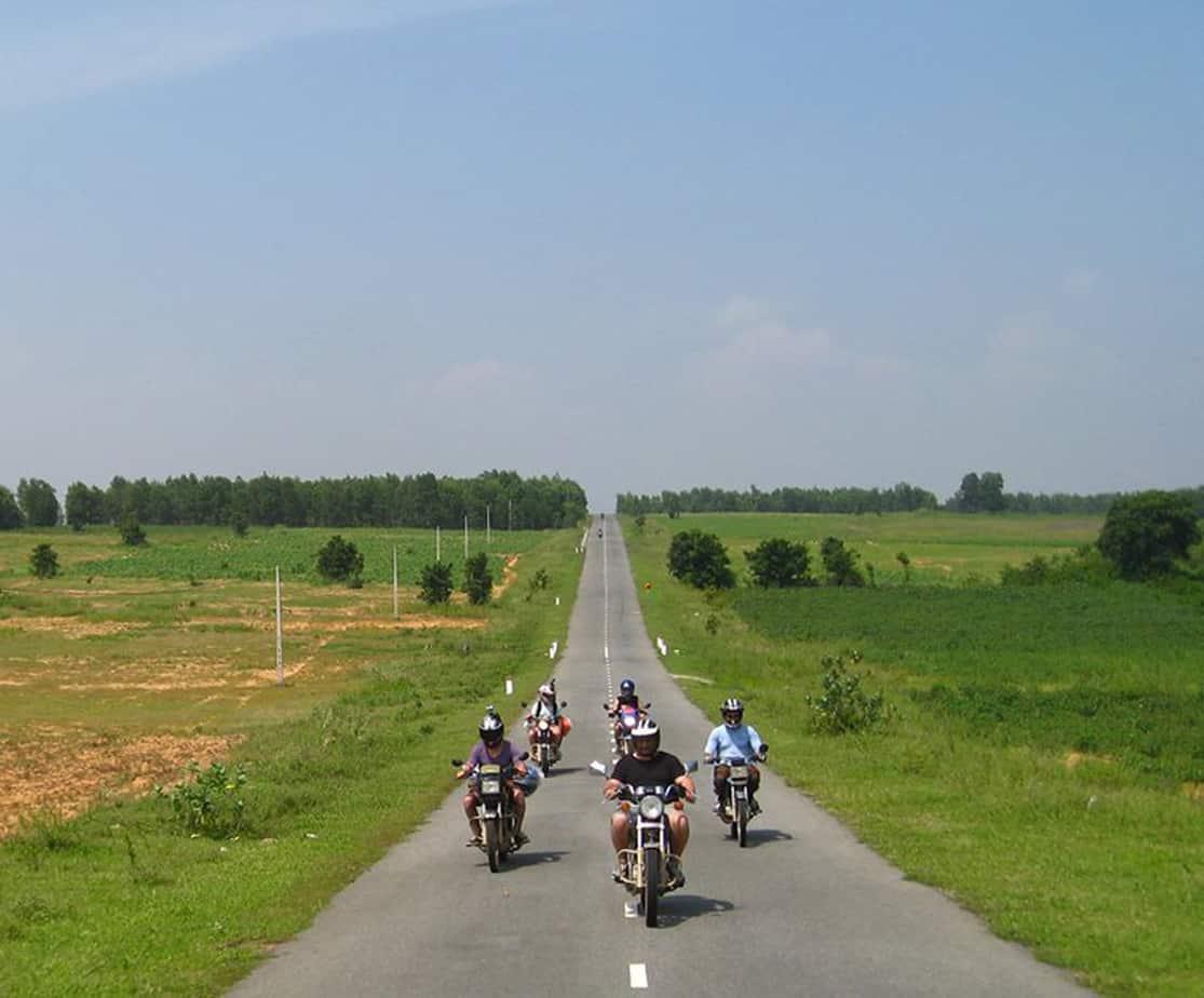 Day 5: Mui Ne - Long Hai (170 km - 5 hours riding)
